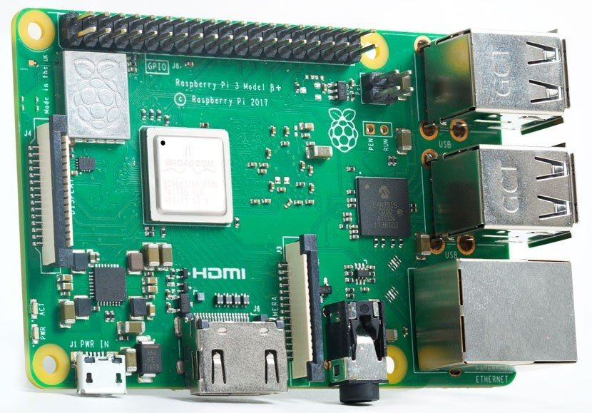 Kit Media Center Raspberry Pi 3 Model B+ (Kodi en LibreELEC)